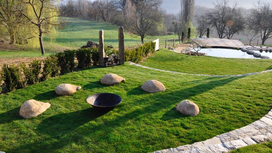 garten natur bio pool hotel der freiraum g ssing. Black Bedroom Furniture Sets. Home Design Ideas